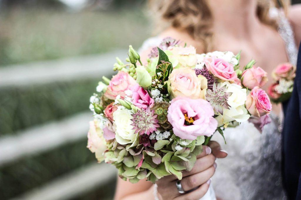 ceremony bridal bouquet natural vintage theme